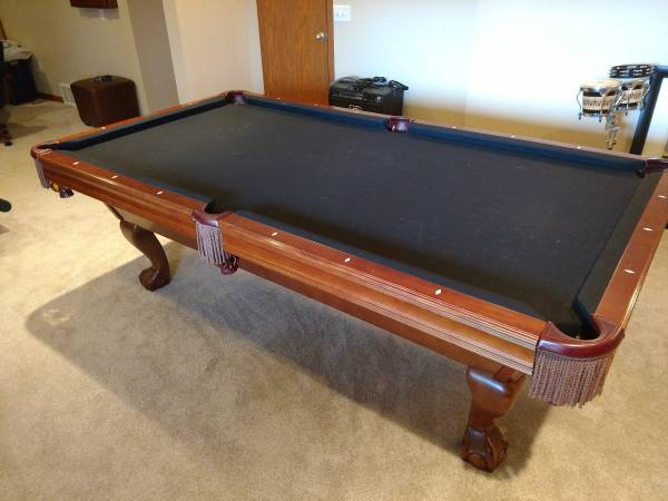 Solo 174 Omaha Pool Table Black Felt 61