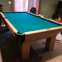 Green Felt Pool Table Excellent Condition